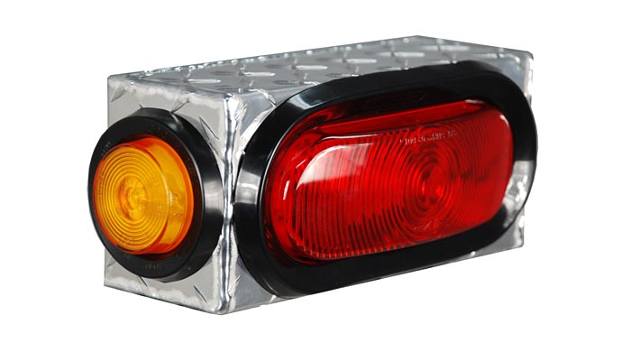 "Single Oval w/ Side Light Box w/ side Light Diamond Tread 8.25""L x 3.75""H x 3""D"